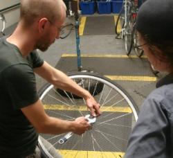bike repair class image